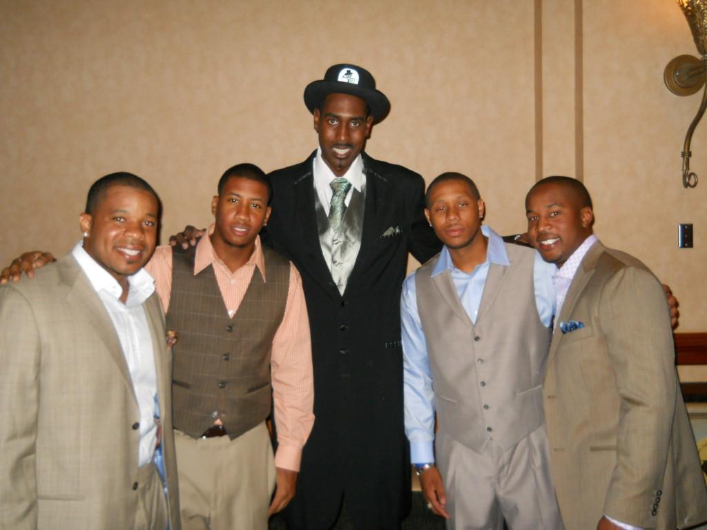 2011 Hoodie Award Winner Show Room Shine